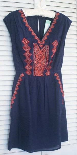 Skies are Blue Phiona Embroidered Dress Stitch Fix Review April 2017