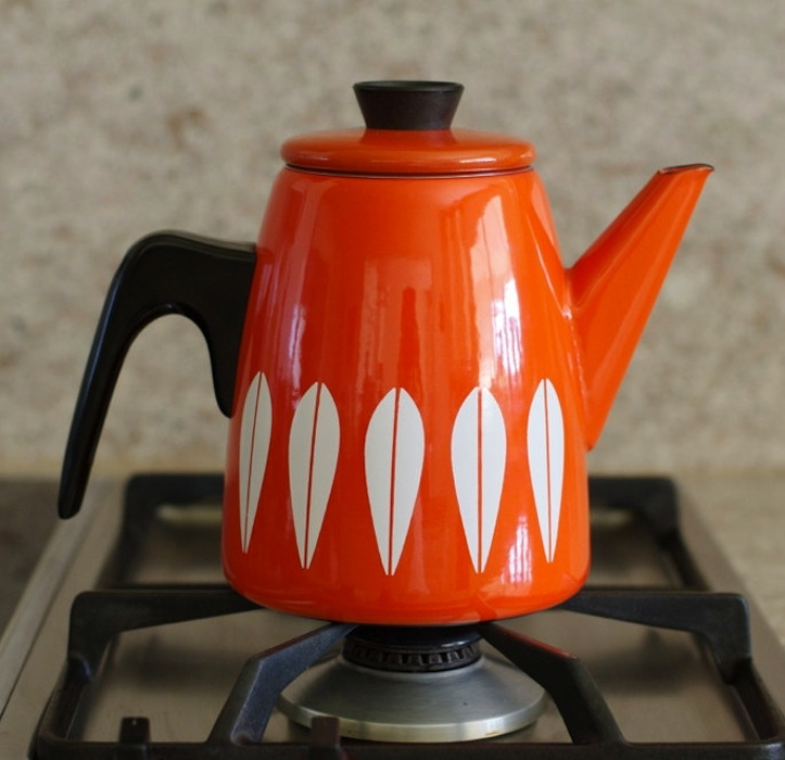 Catherineholm coffee pot. Recently began collecting enamelware from this 1950's Scandinavian Design manufacturer.