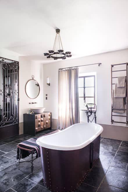 Toscane: Salle de bain de style de style Méditerranéen par dmesure