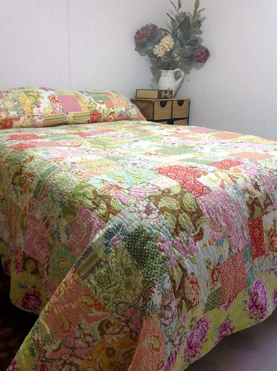 """Queen Bed Quilt with Fresh Cut by Heather Bailey 95"""" x 105"""" - MADE TO ORDER"""