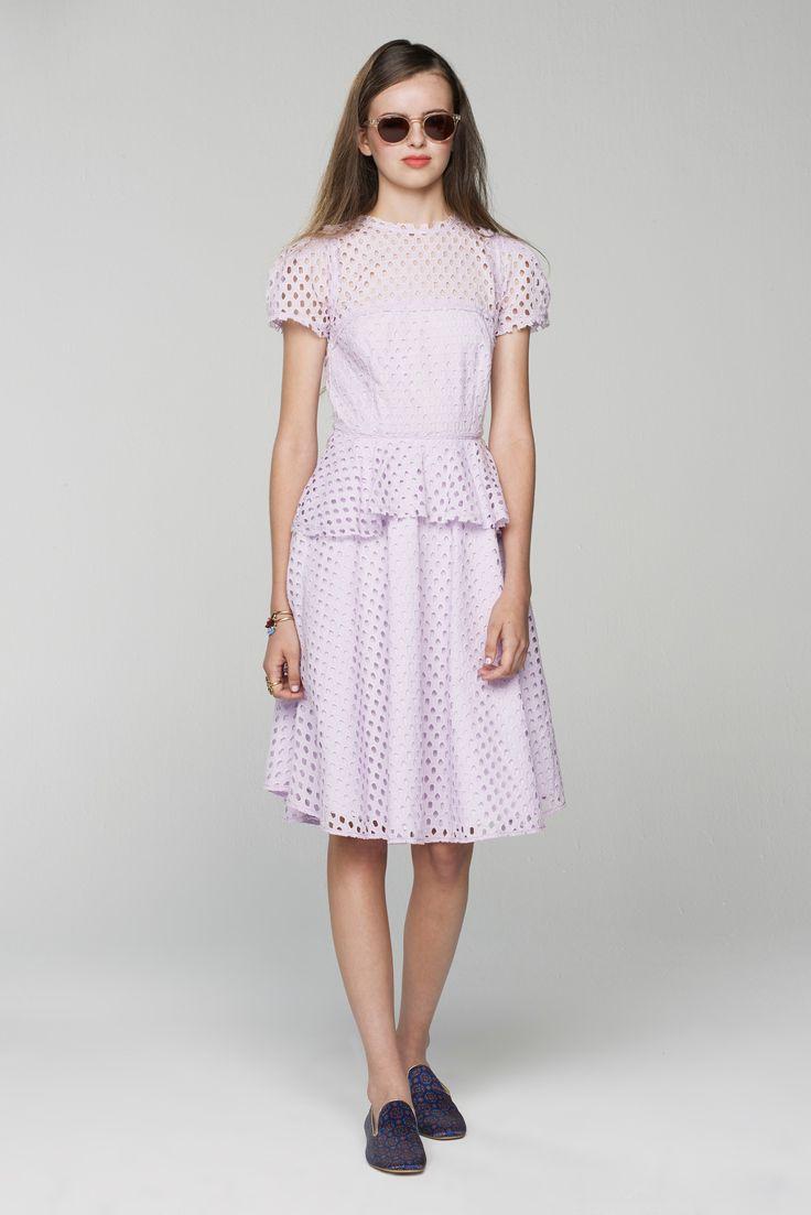 Trend: Dainty Details ... and I spy a purple shoe // Banana Republic Spring 2016 Ready-to-Wear Fashion Show