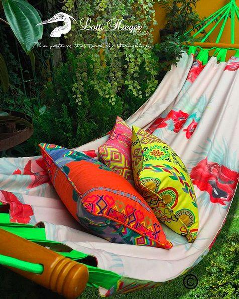 And this is just the beginning of my hammocks, many more to come/ Esto es únicamente el principio de mis hamacas, llegan muchas más /Detta är bara början av mina hängmattor , fler kommer snart/ Ce n'est que le début de mes hamacs, beaucoup plus à venir#lottihaeger #art #architecture #arquitectura #color #colour #colorful #decor #design #designer #decoration #fabric #flowers #garden #home #homedecor #homedesign #hammock #interior #inredning #interiordesign #merakiudecoracion