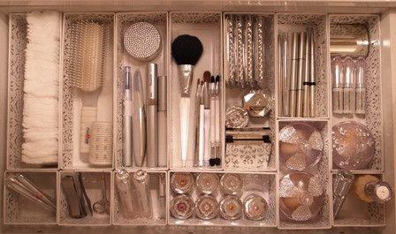 コスメティック&メイク道具の美的収納① の画像|「収納」は思いやり★草間雅子の美的収納ブログ