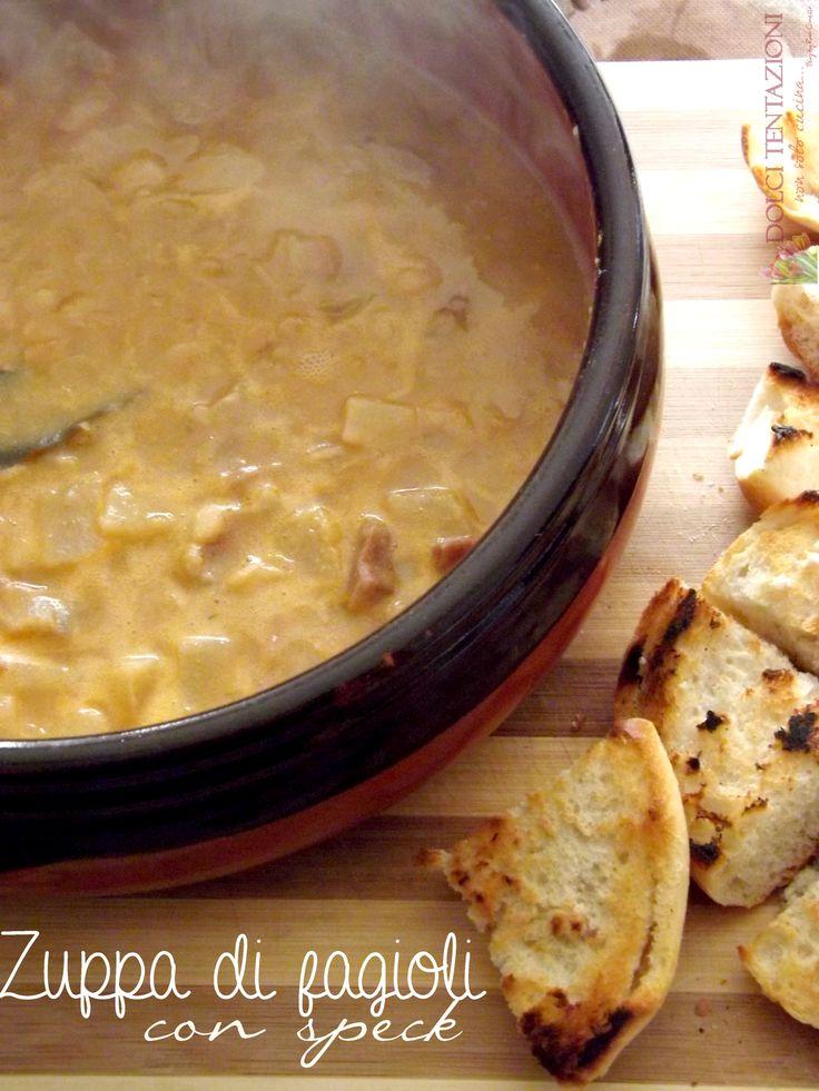 Preparata nella pentola di terracotta, la Zuppa di fagioli con speck è davvero irresistibile! ottima da servire a cena o a pranzo, uno dei piatti forti della stagione invernale.  http://blog.giallozafferano.it/dolcitentazionidirdc/zuppa-di-fagioli-con-speck/