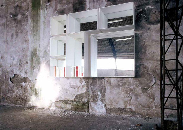 Scaffale a muro / moderno / in HPL / con specchio BARRA + TASTO by Claude Bitetti   minottiitalia