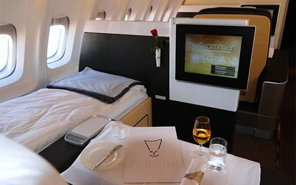 First-class flight perks we envy - A Seat and a Bed on Lufthansa all to themselves.