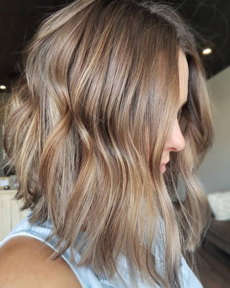 Love this hair color and cut - would you call this soft beige, with a touch of rose gold?