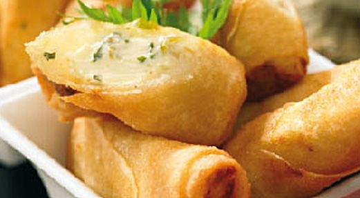 Nos nems au Kiri feront fureur à l'apéro :) #kiri #recette #yummy #apero #Kids #food #cream #cheese #fromage #miam #nems #aperitif