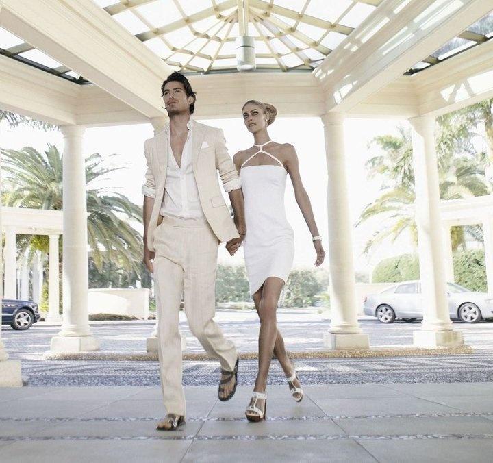 photo: Palazzo Versace, Fashionable Hotels, Champagne Lifestyle, Hot Couple, Wedding Ideas, Beach Theme, Glamorous Romance