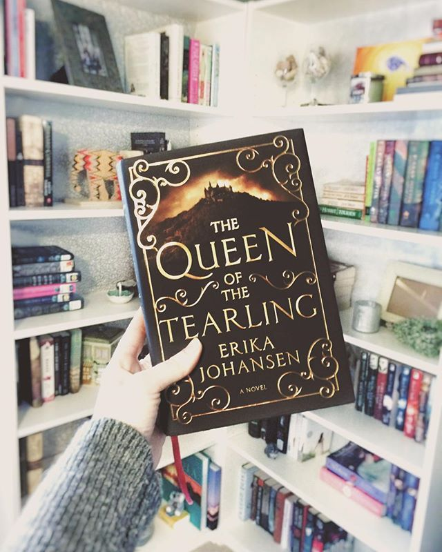 My new bookshelf ! So happy with how it's turning out.  I'm thinking of using some Christmas lights as well.  Really excited to start The Queen of the Tearling by Erika Johansen. @harpercollinsus