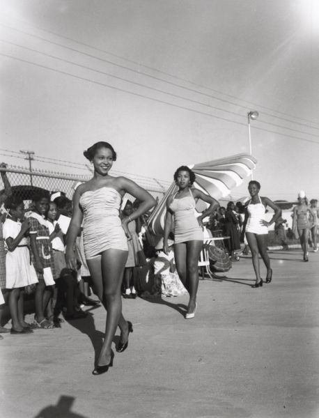 Separate, But Equal: The Mississippi Photographs of Henry Clay Anderson - Exhibitions - Steven Kasher Gallery