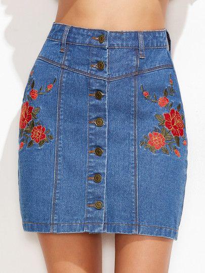 Falda de denim con bordado floral y botones - azul