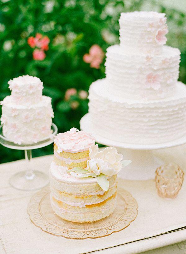Dress code ibiza style cake