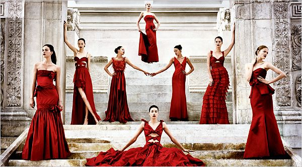Fashion - Valentino Garavani - Rome | Lady in red, New york and Rome