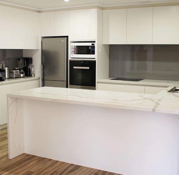 recent works by kitchens by matric a sleek contemporary kitchen with waterfall ends in - Galeere Kche Einbauleuchten Platzierung