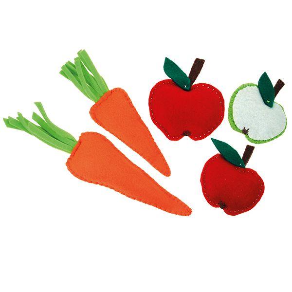 Huovasta valmistettuja vihanneksi ja hedelmiä.