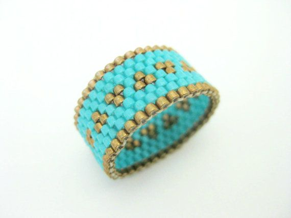 Peyote Ring / Beaded Ring in Metallic Bronze and by MadeByKatarina