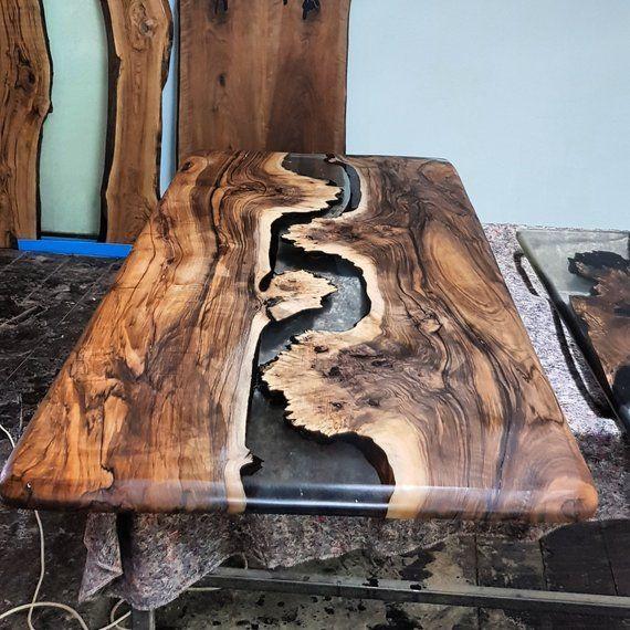 Epoxy-Tisch aus Walnussholz, Epoxy-Tisch aus Holz, Holztisch, Epoxidharz, Epoxidharz