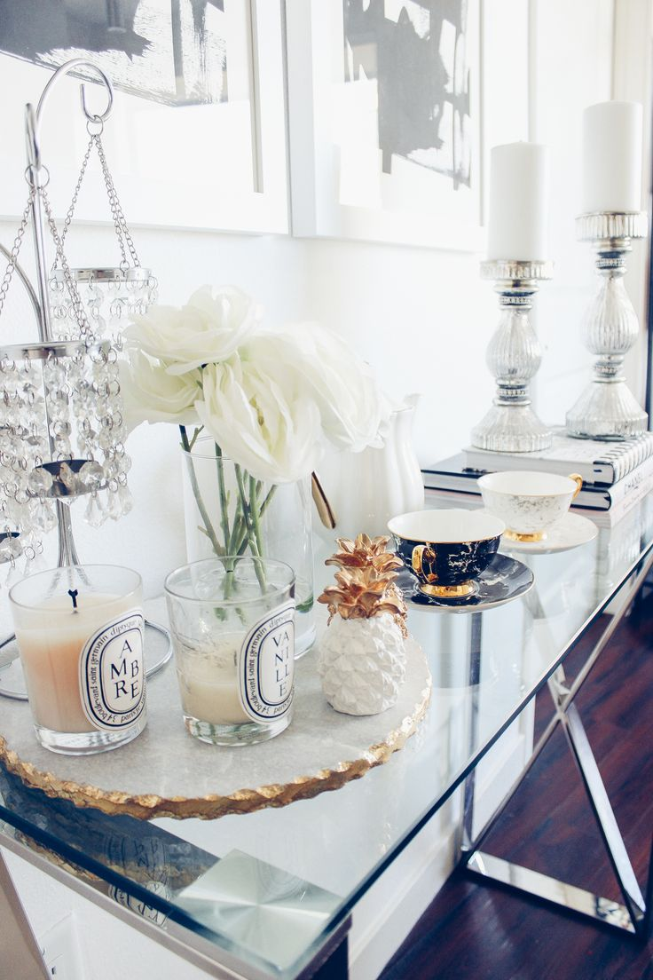 Blondie in the City Home Decor | Marble Platter from @zgallerie | Pineapple Decor, Diptyque Candles, White and Gold Decor