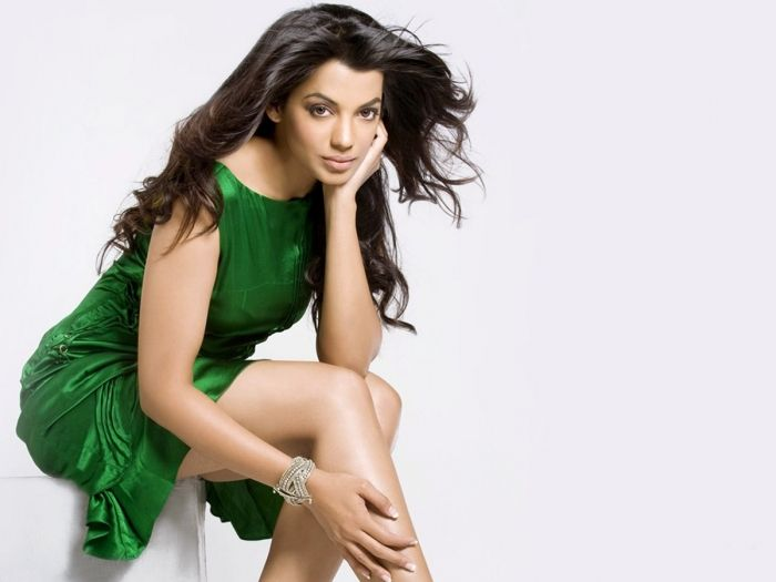 Mugdha Looks Greate in Green Dress