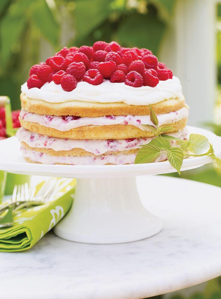 Gâteau aux framboises et à la crème #gâteau #framboise #dessert #ricardocuisine