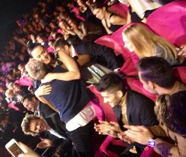 Niall hugging Katy after she won her award at the NRJ Music Awards - 14.12.2013....i need a moment!!