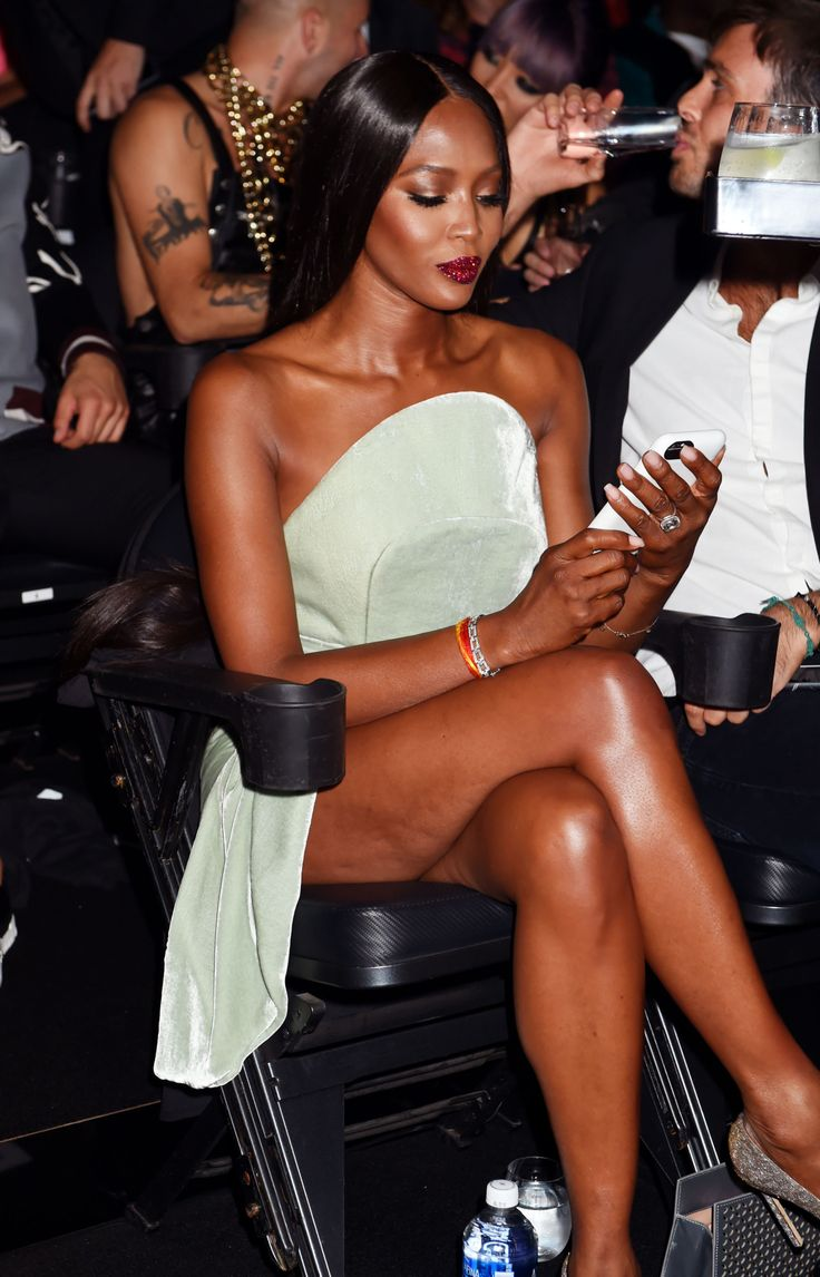 "celebritiesofcolor: "" Naomi Campbell attends the 2016 MTV Video Music Awards at…"