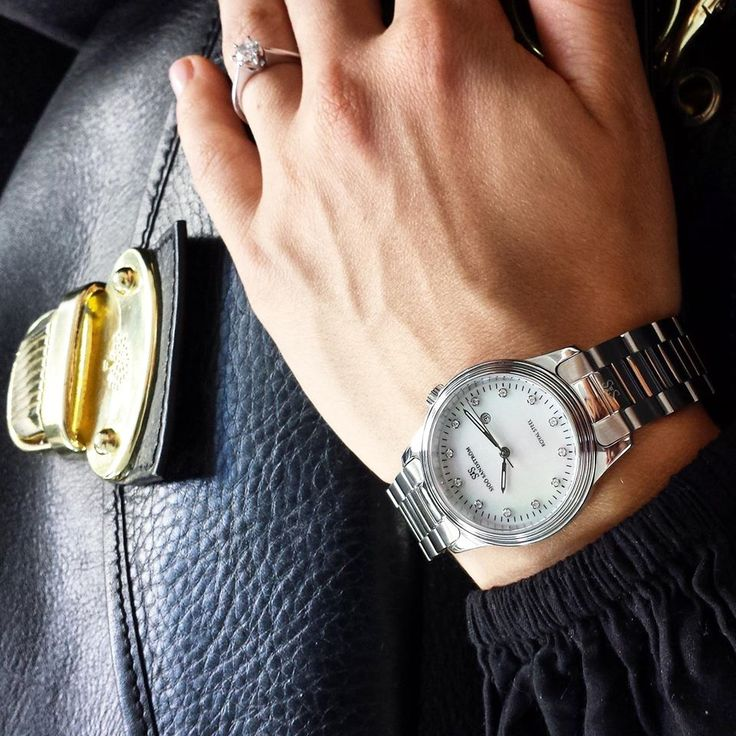 Sjöö Sandström Royal Steel Classic with diamond dial.  #watch #watches #watcheswoman #ladies #business #woman #style