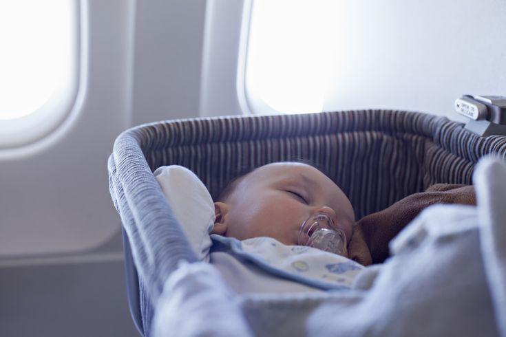 Avion avec bébé : le berceau dans l'avion