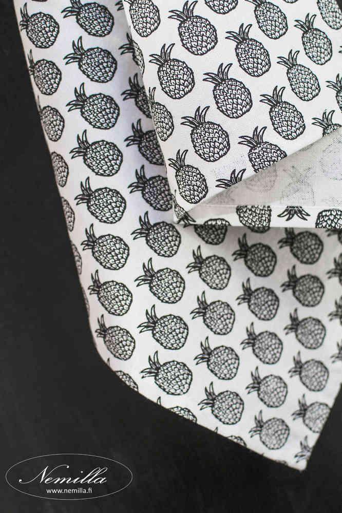 KEITTIÖPYYHE ANANAS - www.nemilla.fi #keittiöpyyhe #ananas #mustavalkoinen