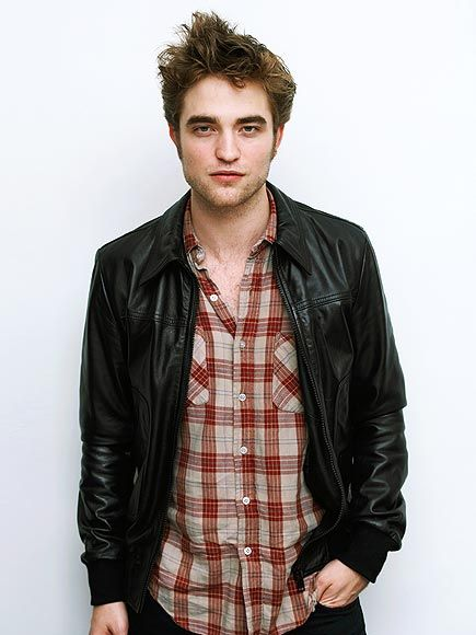 ROBERT PATTINSON   photo   Robert Pattinson: Robert Pattinson, Pin Today, Sexiest Men, Men Candy, Robsten Dreams, Random Pin, Pattinson Photos, Pattinson Boards, Celebrity Secret