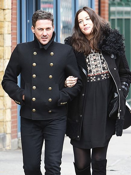 Star Tracks: Monday, February 15, 2016 | BABY ON BOARD | Expectant mom Liv Tyler glows as she walks arm-in-arm with fiancé Dave Gardner in N.Y.C. on Thursday.