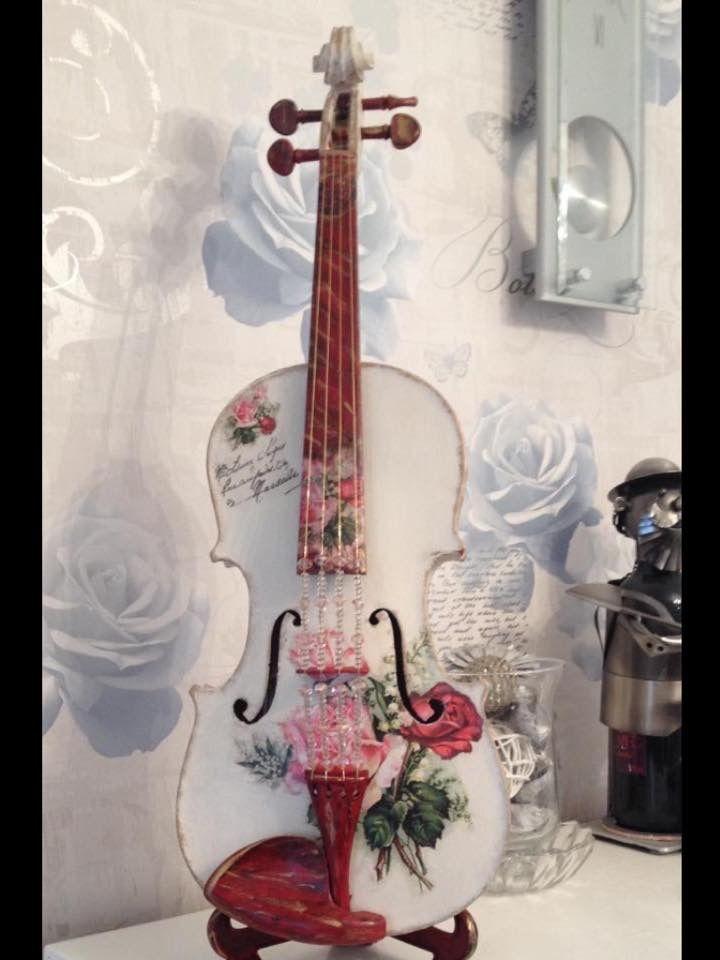 17 best images about violin diy crafts on pinterest for Violin decorating ideas