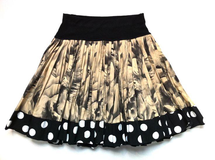 Wild Horses Print Cotton Skirt w/ Spotty Trim   KAF KIDS : 51 Mackelvie Street, Grey Lynn, Auckland. #kidsfashion  http://kafkids.co.nz/