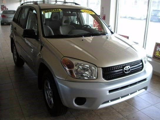 2004 Toyota RAV4 4WD Sport Utility - 80K miles  for sale near you in Philadelphia, PA. Get more information and car pricing for this vehicle on Autotrader.
