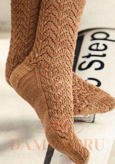 вязаные носки узором