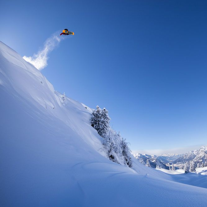 @marco.feichtner style god! 💀 #levelgloves #snowboardgloves  #wintergloves 📷  crispincannon