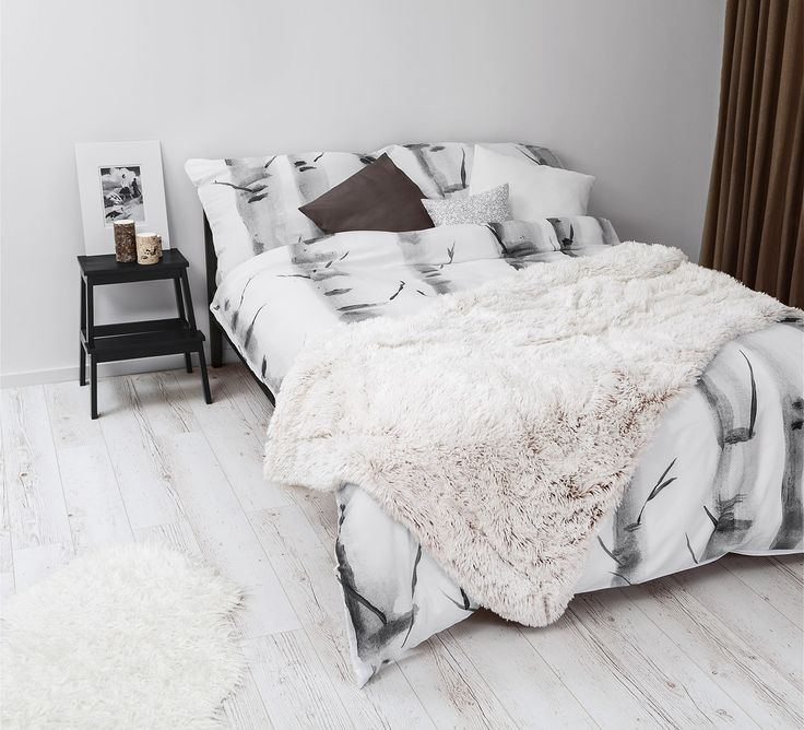 Black & white bedroom with White Pocket bedding #birch
