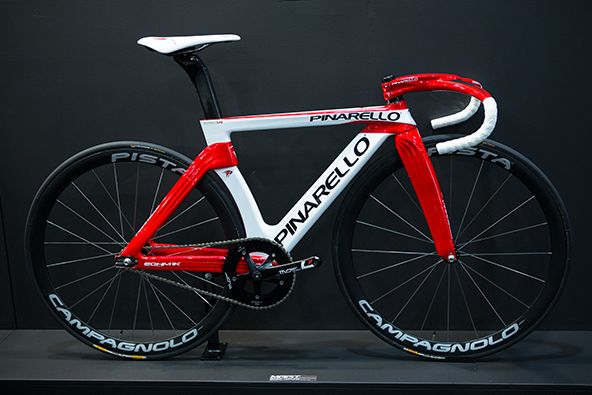 Pinarello bike! I want this when I become a pro! #Pinarello #bike#best bikes Visit us @ http://www.wocycling.com/ for the best online cycling store.
