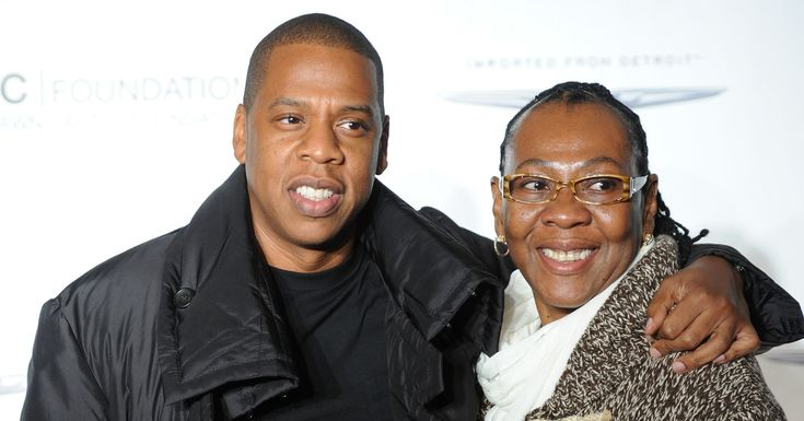 Jay-Z's Mom Comes Out As Lesbian In New Duet On Rapper's '4:44' Album http://www.huffingtonpost.com/entry/gloria-carter-jay-z-mom-lesbian_us_5956425ee4b02734df31aef0