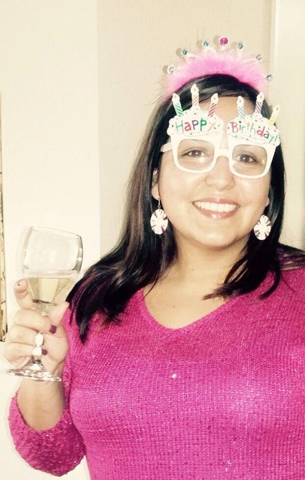 Feliz cobrando mi cumpleaños