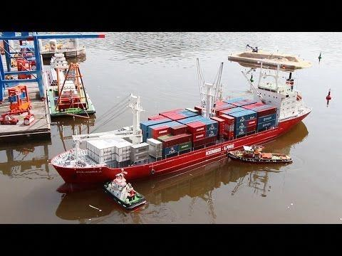 BIG SIZE XXXL RC MODEL CONTAINER SHIP IN ACTION!! *HUGE