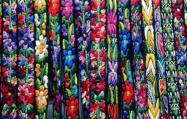 Embroidered Guatemalan belts--so beautiful.  How can anyone only pick one?!Google Image, Mayan Fabrics, Guatemalan Belts So, Beautiful Colors, Belts So Beautiful, Creative Common, Design, Embroidered Guatemalan, Artesanía En
