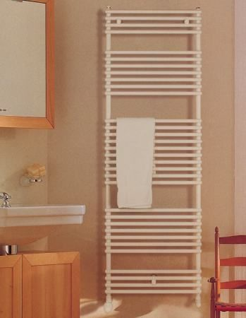 VOGEL & NOOT DELLA 400 X 1100 mm egyenes törölközőszárítós / törölközőszárító radiátor / fürdőszobai csőradiátor