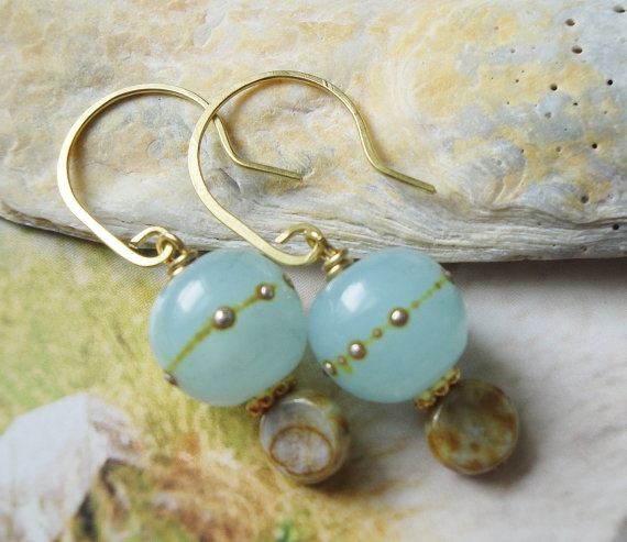 Seafoam And Gold Artisan Lampwork Earrings by OceanaireDreamer, $24.00: Lampwork Earrings, Gorgeous Handmade, Bling Ideas, Hands Crafts, Crafts Jewelry, Etsy Finding, Artisan Lampwork, Gold Artisan, Handmade Jewelry
