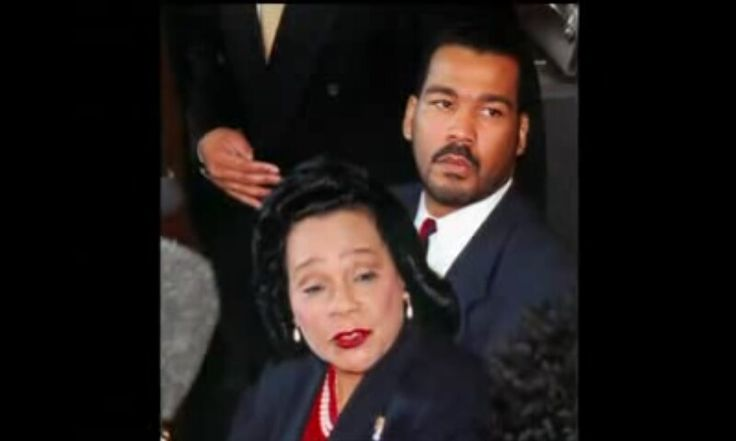 Mrs.Coretta Scott King and her son Dexter Scott King
