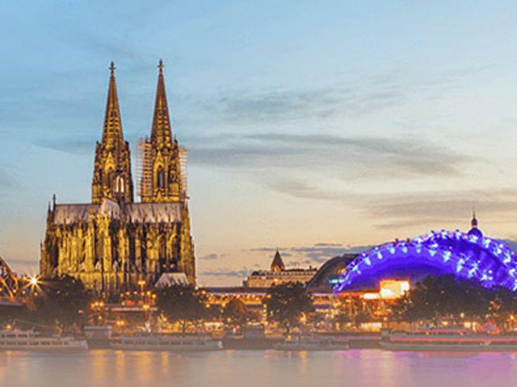 Visite Cologne, une ville allemande très fascinante et divertissante !  Chez Lufthansa tu peux réserver un vol à Cologne à partir de 233.-.  Vois ici l'offre: http://www.besoin-de-vacances.ch/vol-de-zurich-cologne-233/