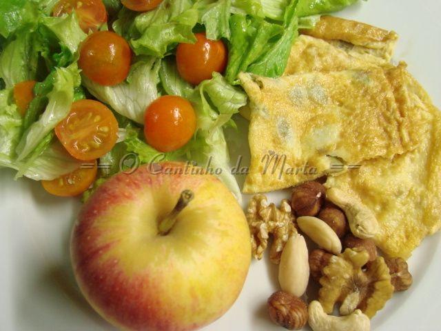 O Cantinho da Marta: Omelete com Pevides de Abóbora & Companhia