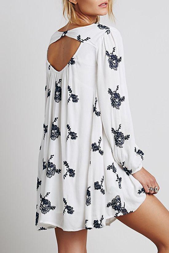 Long Sleeve Embroidered Hollow Dress WHITE: Long Sleeve Dresses   ZAFUL                                                                                                                                                                                 Mais