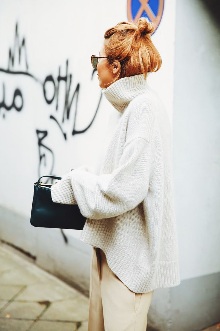 The oversized knit sweater is going be a hit again this Fall. Via Maja Wyh  Sweater: Celine. Fall Knitwear Outfit